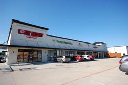 11,900sqft Retail Center
