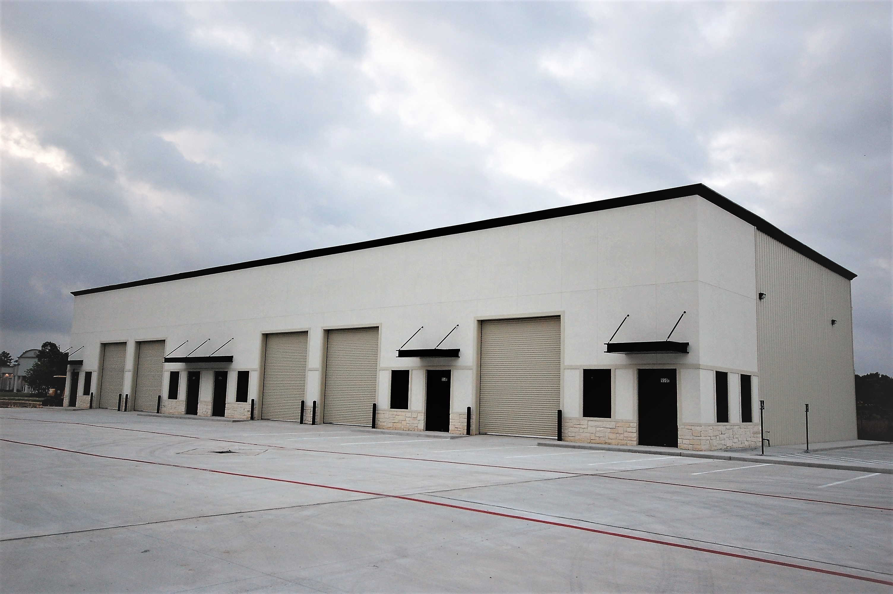 11,900sqft Office Warehouse