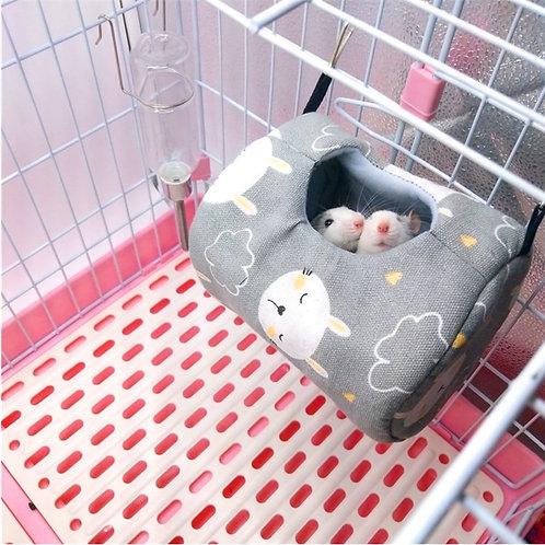 Hanging Nest Pod Cute & Cozy