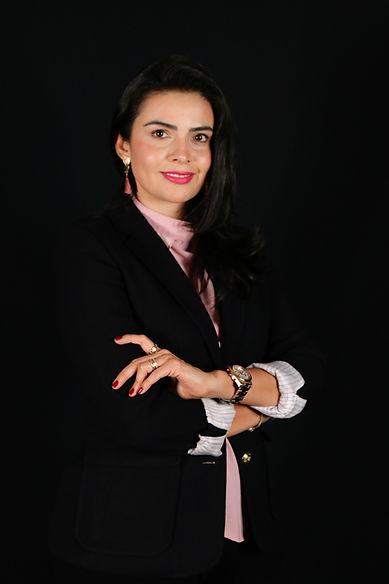 Lic-Sandra-Denisse-Gomes-Salgado_edited.