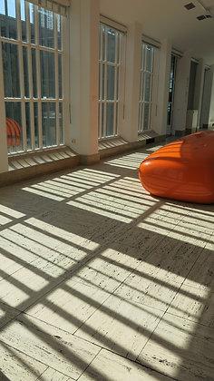 חלון במוזיאון באמסטרדם