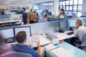 Persone che lavorano in Open Office
