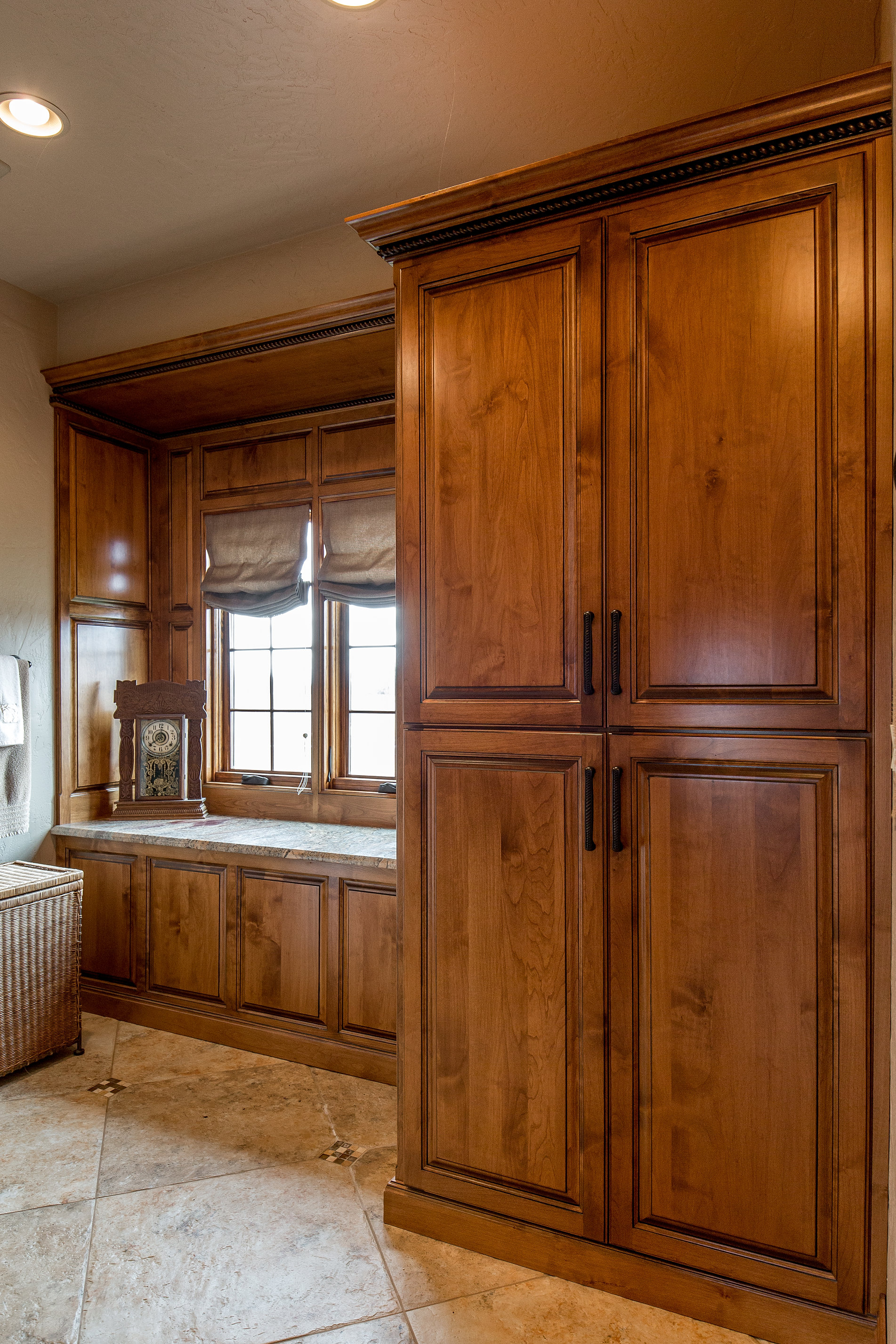 Dave39s Custom Woodworking Custom Cabinets Furniture Flooring