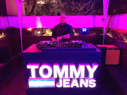 EVENTO TOMMY