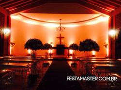 Iluminação na capela