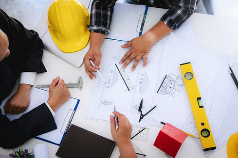 general-contractor-meeting-with-document