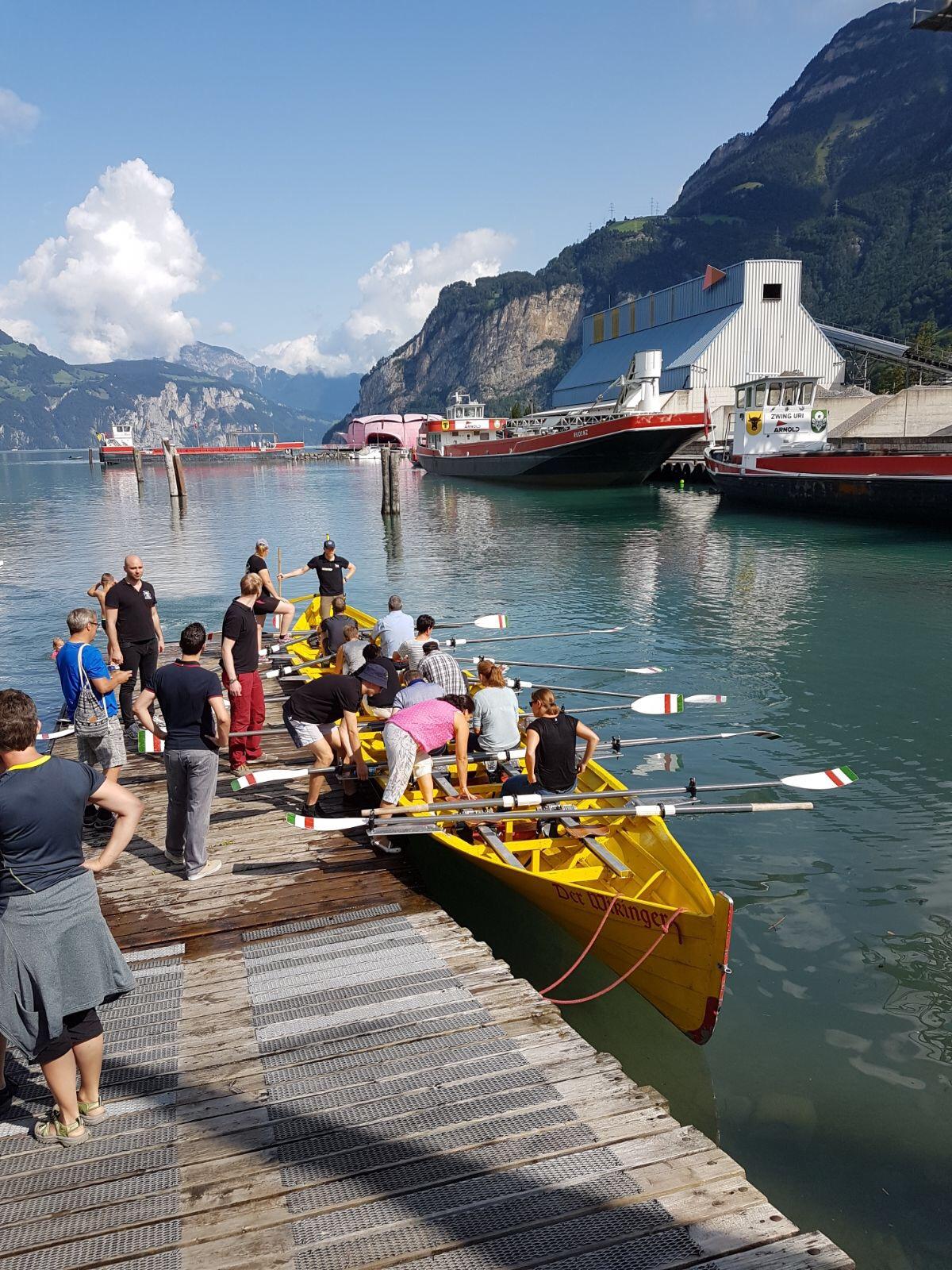 Kirchboot Ausfahrt
