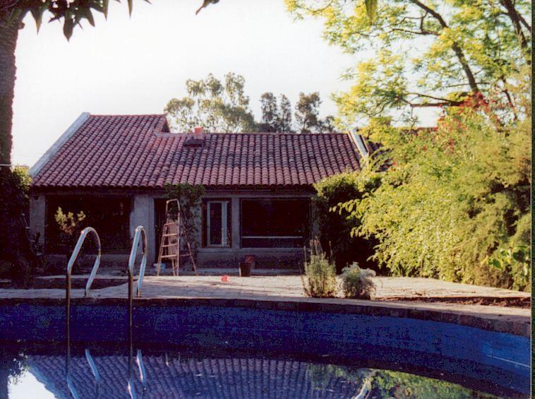 Casa AH (2001 - 2002)