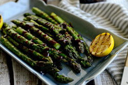 Grilled-Asparagus-with-BBQ-Sauce