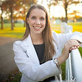 WMBusiness- Dr. Elizabeth Headshot.jpg