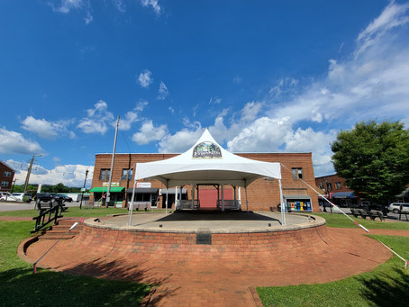 Music on the Square!