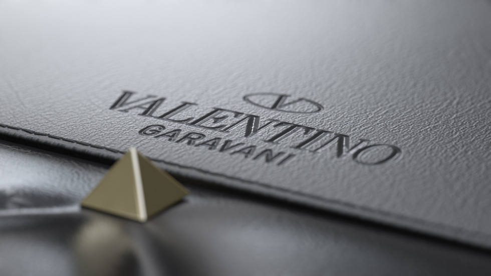 BAG_4_detail_extraweg_valentino.jpg