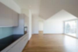 Küche_DG_Wohnung_mit_Blick_Zimmer_und__T
