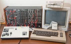 Roland-cmu-800r_c64_hg.jpg