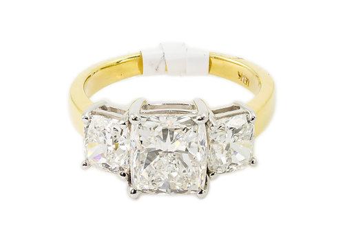 3 Ct. Three Stone Diamond - 18k Gold