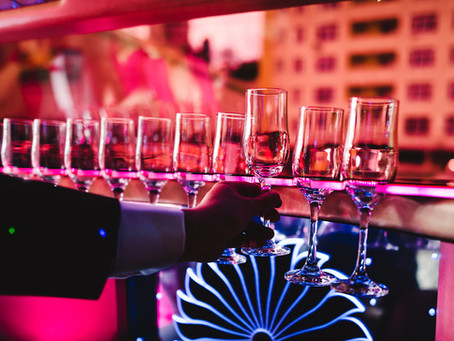 3 Reasons Why You Should Rent A Limo For Your Next Night Out in Orlando