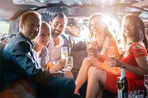 Rent a Daytona Beach Limo Service To Enjoy a Perfect Day
