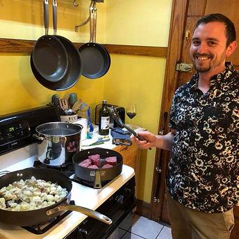 johnny_kitchen.jpg