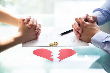 bigstock-Couple-s-Hand-On-Divorce-Paper-