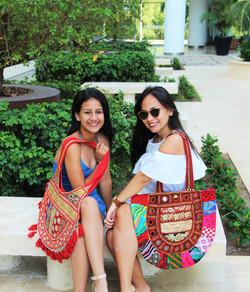 Tania Rojas y Vanessa Dominguez
