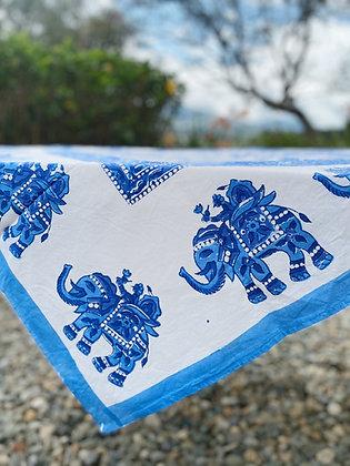 Mantel Elephant