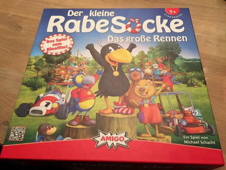"""""""Der kleine RabeSocke - Das große Rennen"""" von Amigo"""