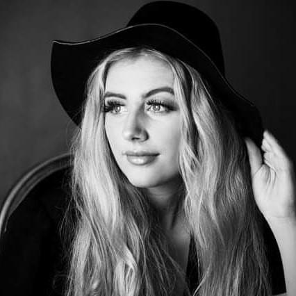 #blackandwhitephotography #femalemodel #