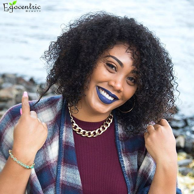 It is hard not to smile when your natural hair is flawless! Egocentric doesn't just help you look go