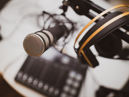 7 Benefits of Podcasting for Your Business