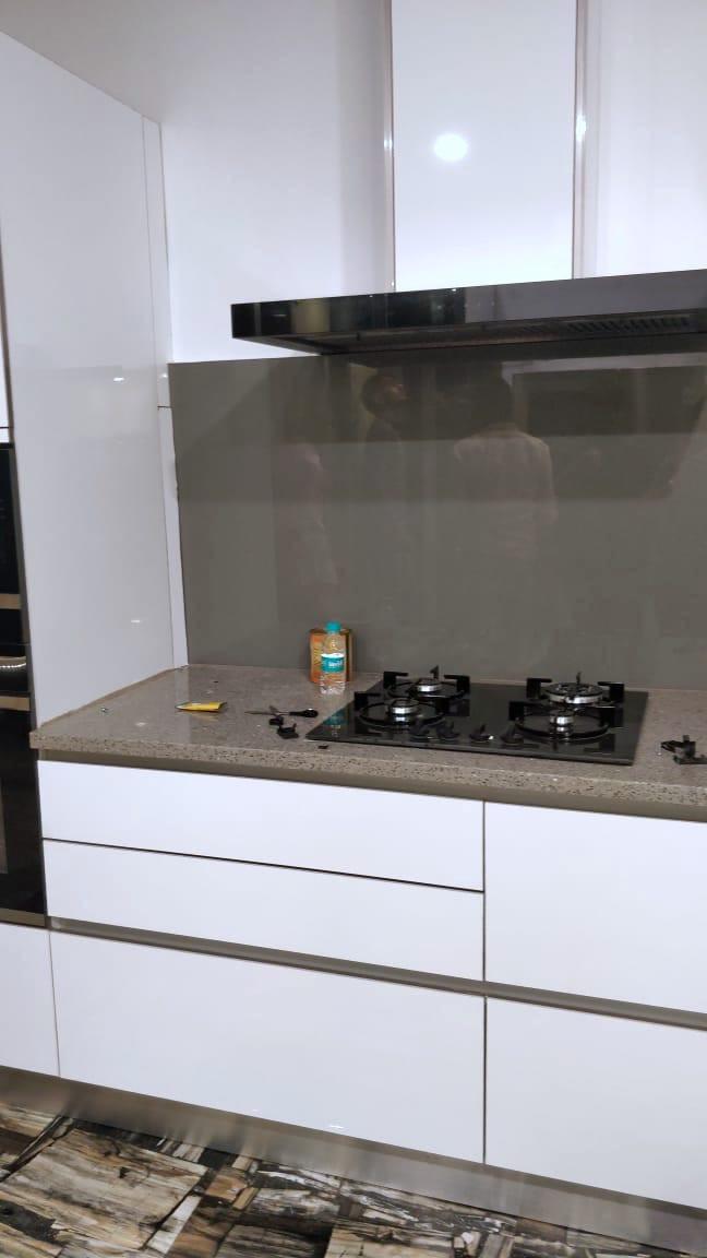 Wonder Spaces Snow White Gloss Meister Pu Panel Kitchen