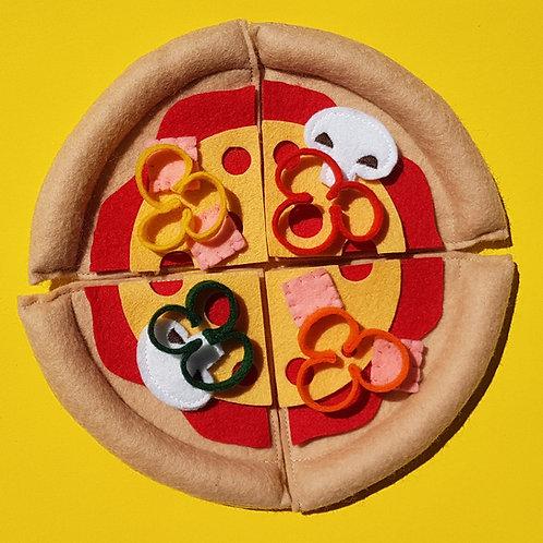 Pizza dans sa boite