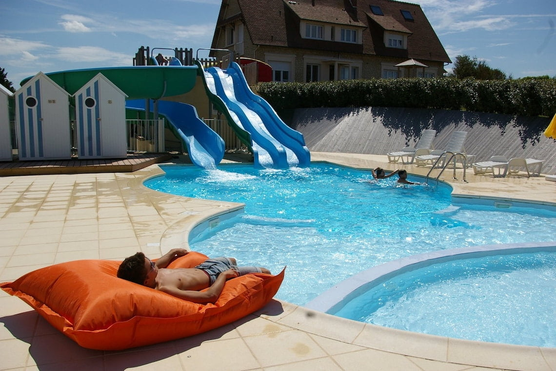Village-vacances-bon-sejour-la-plage-far