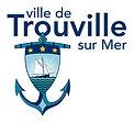 """La belle plage de Trouville et les Bains de mer sont une nouveauté à cette époque du Second Empire, et attirent chaque année une foule de touristes et d'artistes. Au 19ème siècle, elle est sacrée """" Reine des Plages """"."""