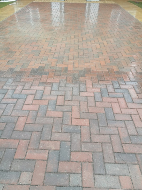 90 Degree Marshal Block paving laid on permeable substructure