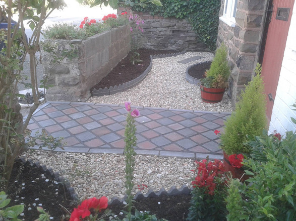 Victorian Cottage path and garden