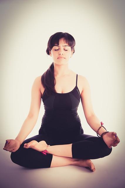 posición meditación del yoga