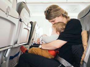 14 cosas a tener en cuenta cuando viajamos con niños pequeños en avión