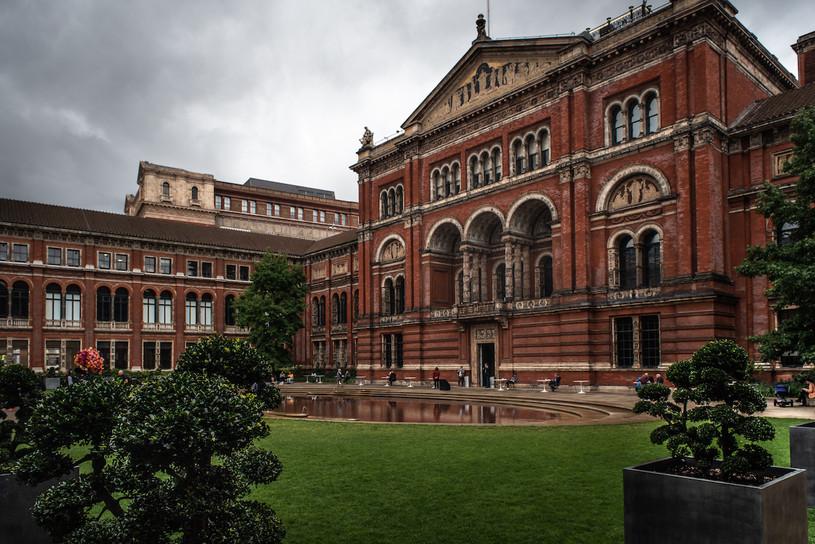 web Albert Victoria exterior.jpeg
