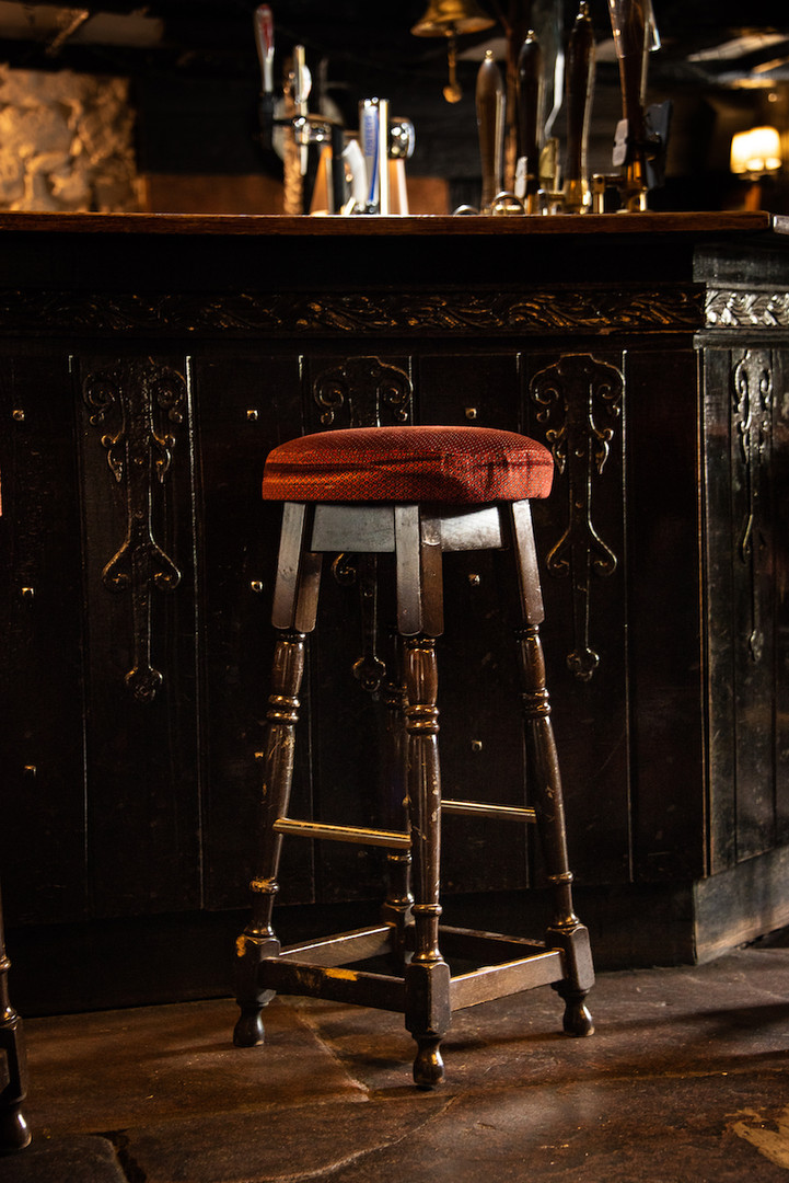 Queens Head Pub Stool