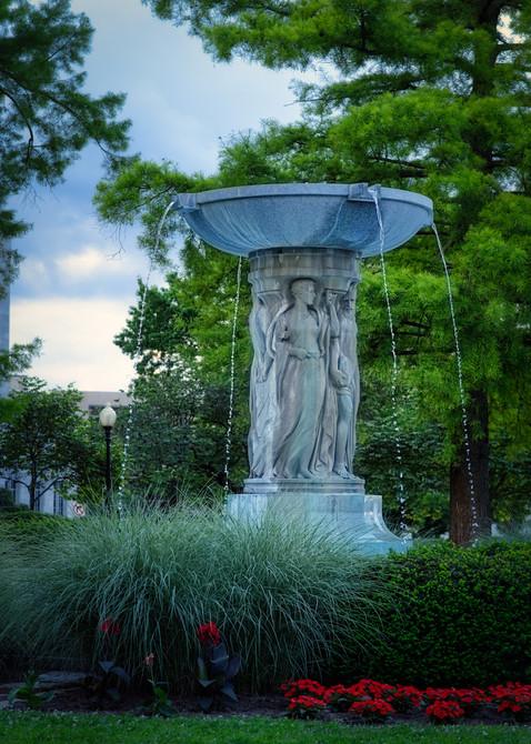 Capitol Fountain.jpg