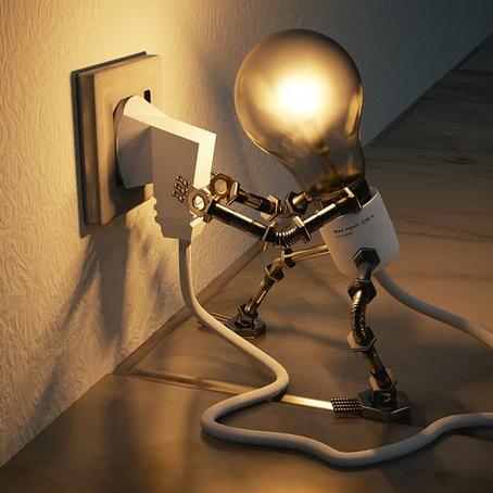 Entenda a Eficiência Energética e saiba como ela pode reduzir gastos