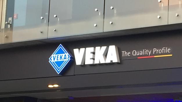Letrero VEKA