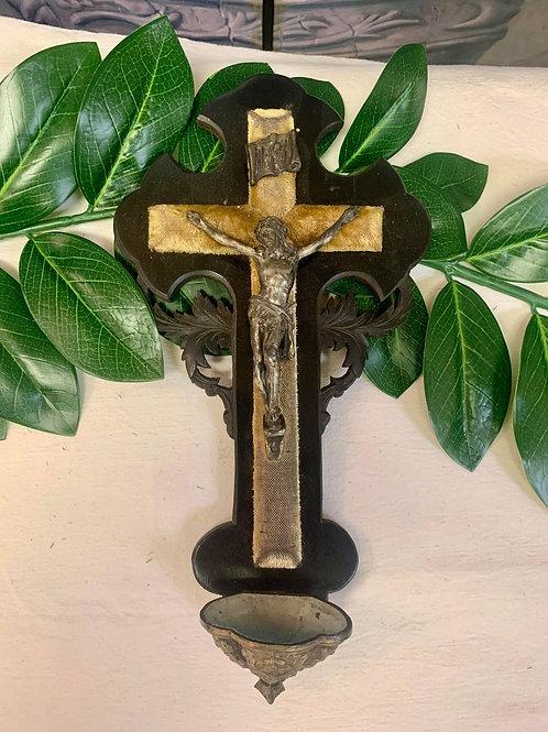 RR15- Antique French Font Crucifix