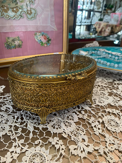 Hollywood Regency Oval Jewelry Box with Gold Velvet