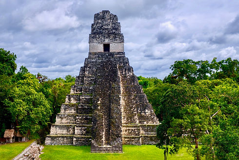 pyramid-5408476_1920.jpg