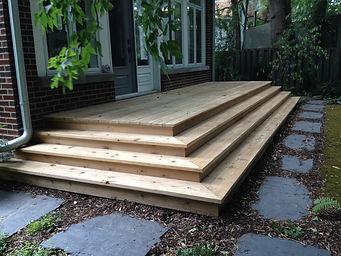Balcon, bois, cèdre, escalier, extérieur, cour, aménagement paysager, maison brique