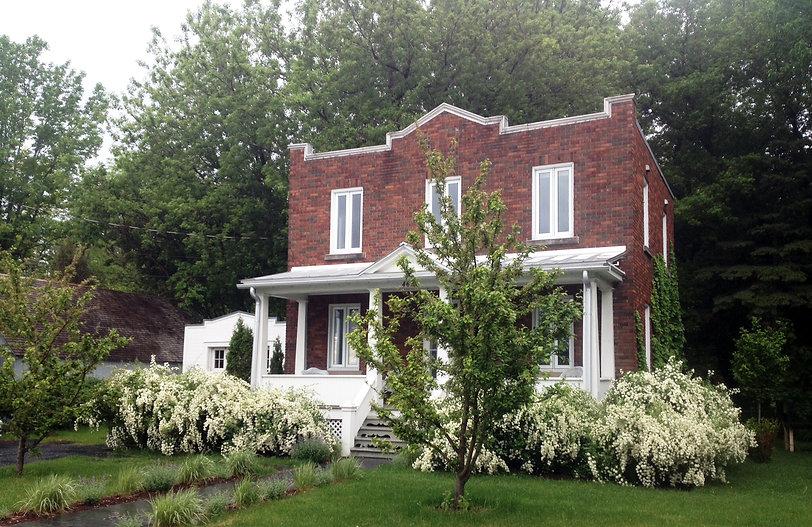 garage, vieux, bois, blanc, boucherville, cour, atelier, maison brique