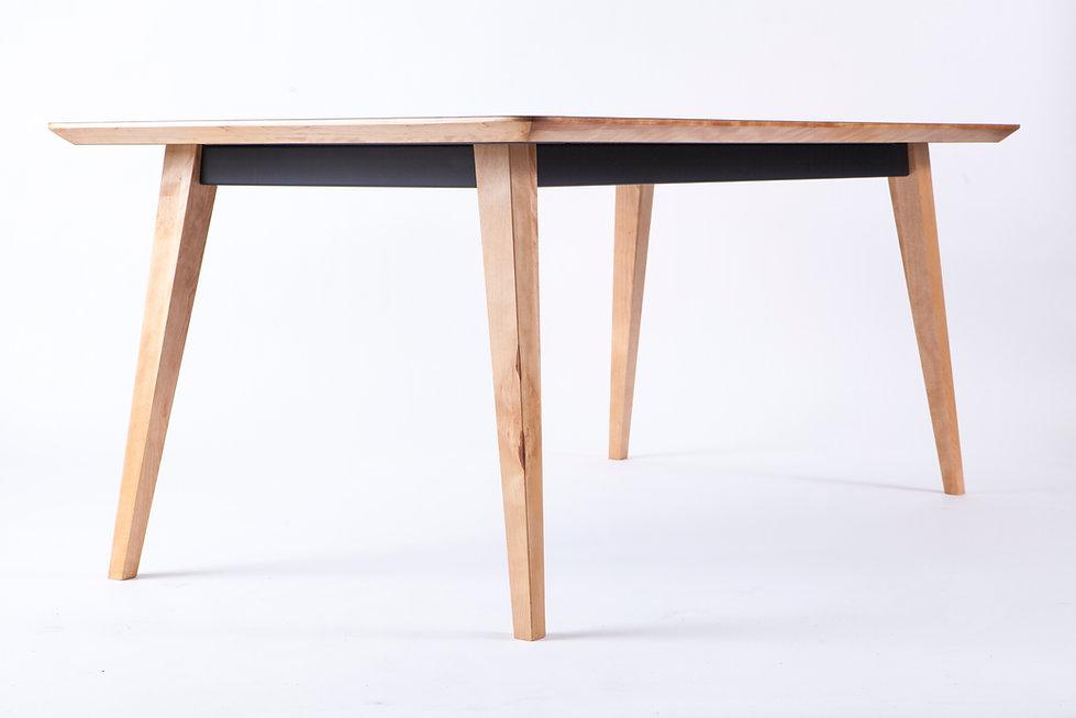 Pauline, table, danoise, danish, design, détail, acier, bois, stratifié