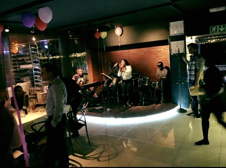 Priva-Live music