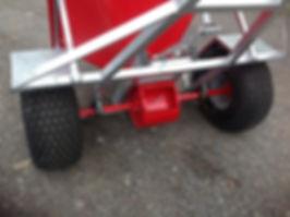 Snacker feeder axle